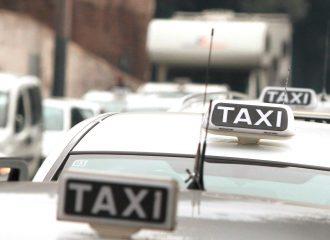 Taxi v Římě